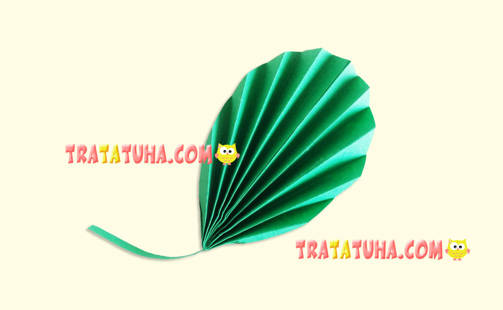 Accordion Paper Leaves